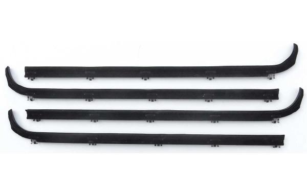 61256 88-90 Bronco Beltline Kit Front Door